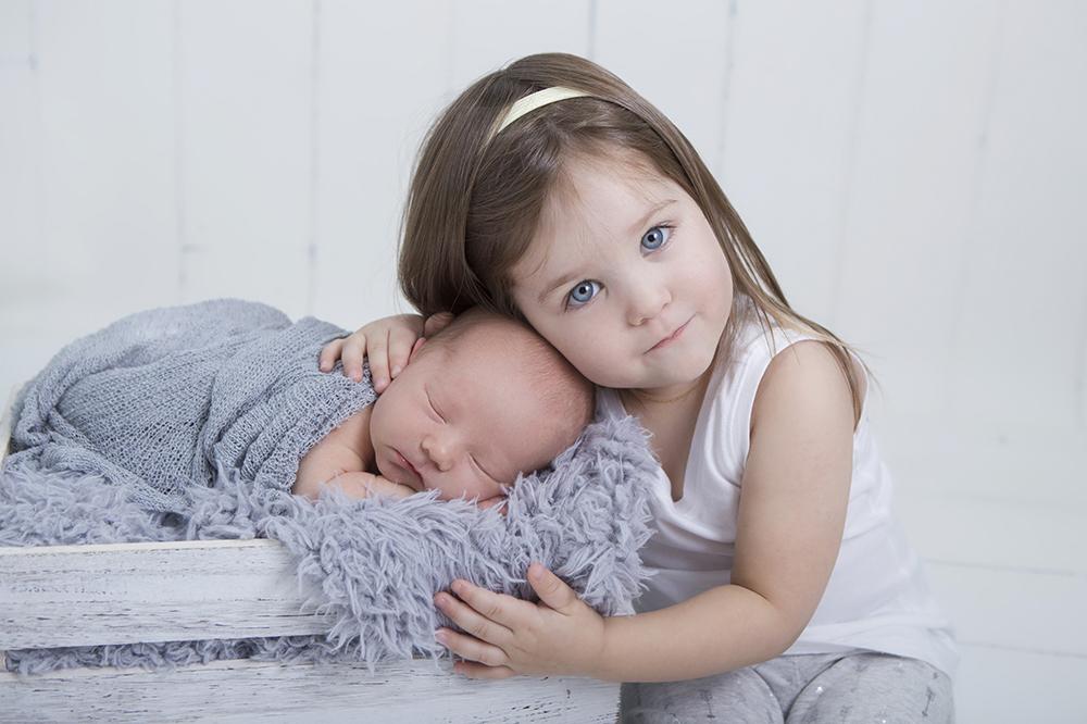 Newborn Photography South Western Ontario Newborn Photographer 1