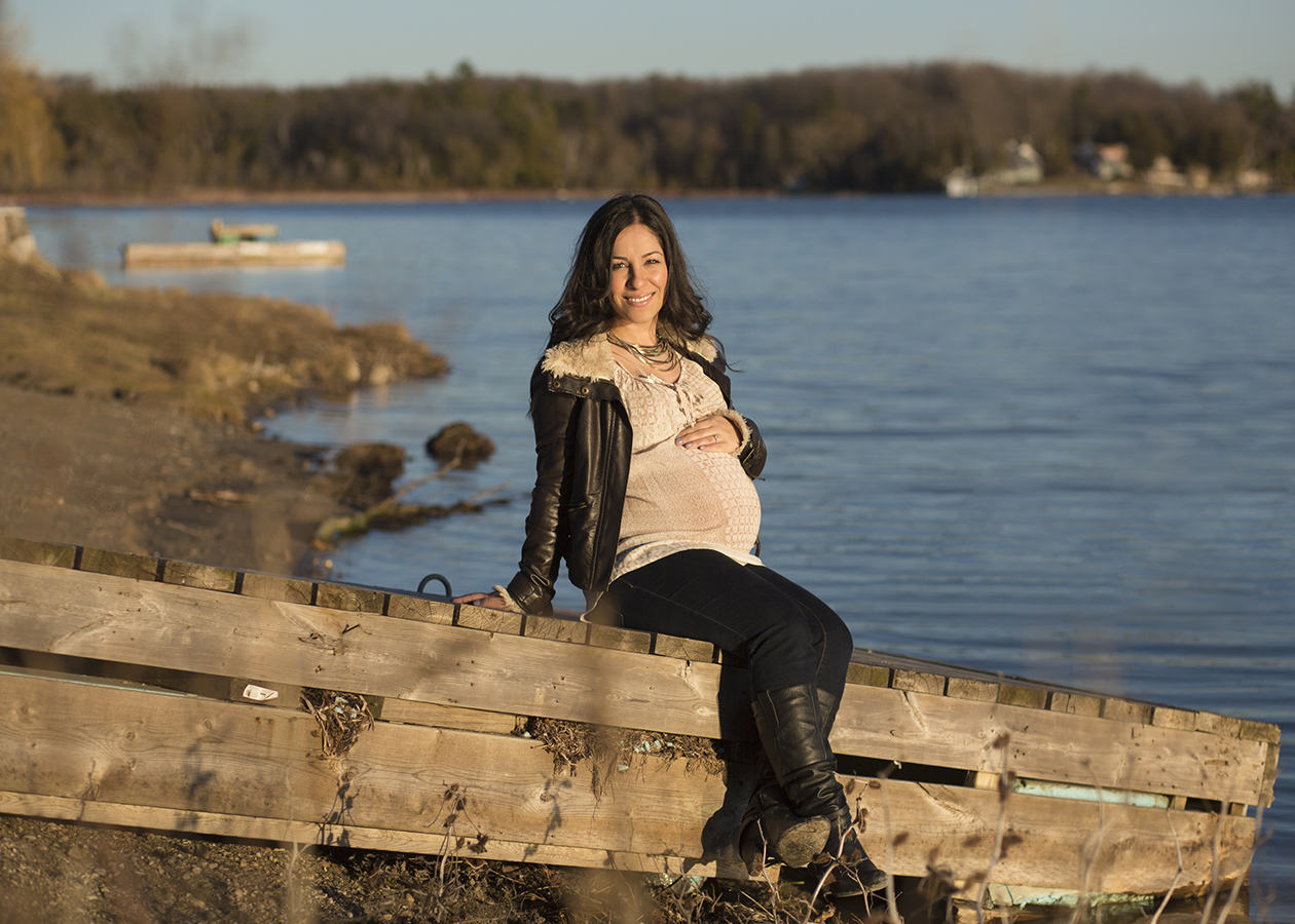 Maternity Session in Cambridge Cottage Country